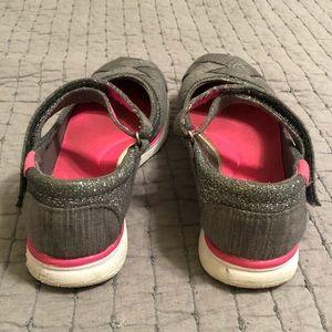 Campeón Del Tamaño De Los Zapatos De Las Niñas 2 Ndjt43G1